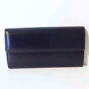 Louis Vuitton black epi leather long Sarah wallet